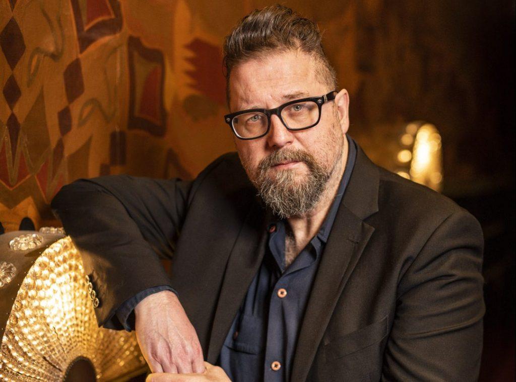 Martin Koolhoven boeken als spreker, doe je via boekingsbureau de V.I.P. Fabriek
