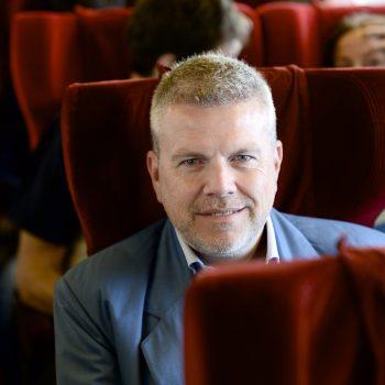 Luc van den Abeelen boeken als spreker, doe je via boekingsbureau de V.I.P. Fabriek