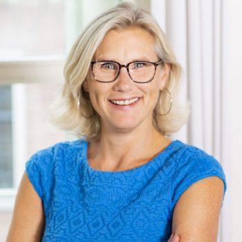 Jennefer Boskeljon | Werk slimmer, niet harder boeken als spreker, trainer of als coach informeer naar de mogelijkheden via boekingsbureau boekingskantoor V.I.P. Fabriek