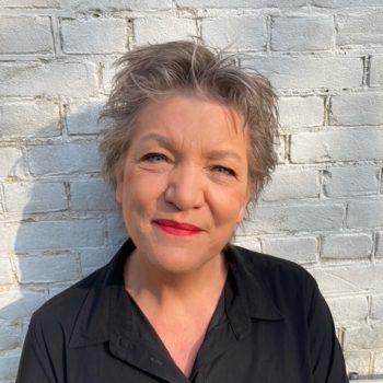 Presentatrice Maya Eksteen boeken doe je via Boekingsbureau de V.I.P. Fabriek.nl | Sprekers boeken | Artiesten Boeken